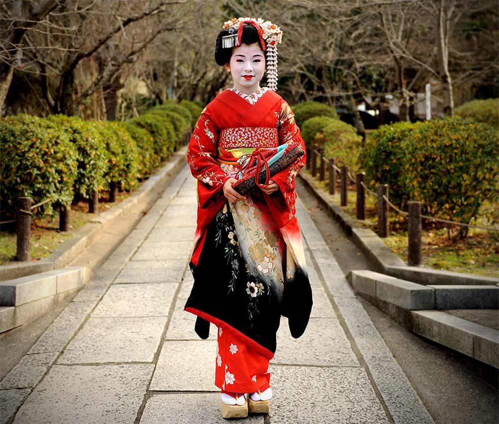 потому, что национальный костюм в японии картинки для дальних путешествий
